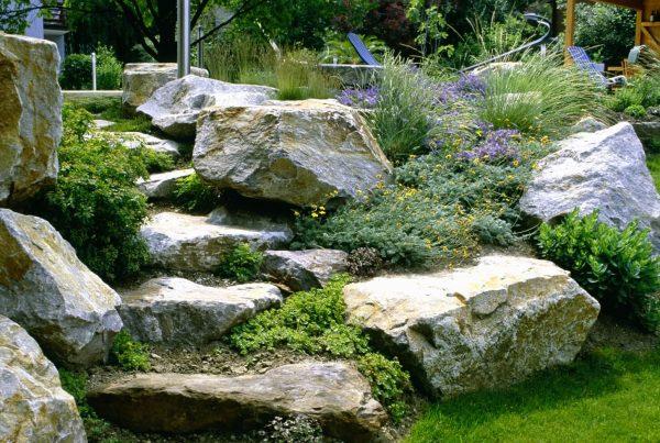 Treppe im Hanggarten